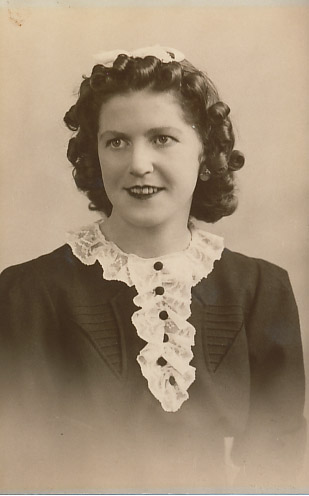 Dorothy M Staley (nee Evans)